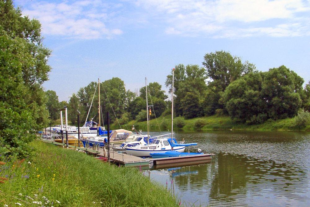 Der Hafen in Alt Garge bei Bleckede